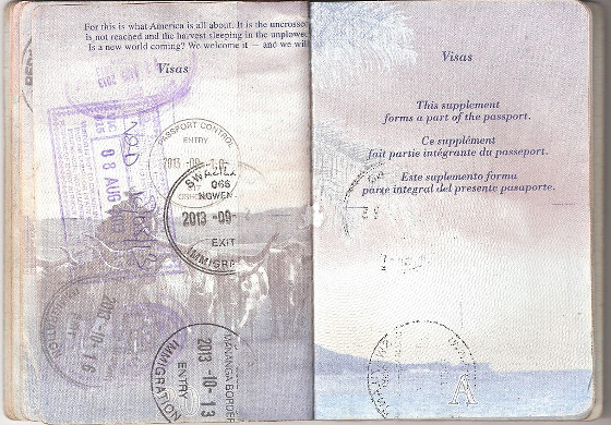 US Passport page with English French and Spanish
