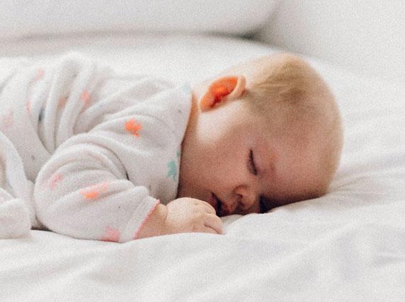 Long haul flights affect babies sleep patterns.