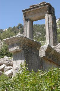 Hadrianus Propylaion Termessos Antalya Turkey