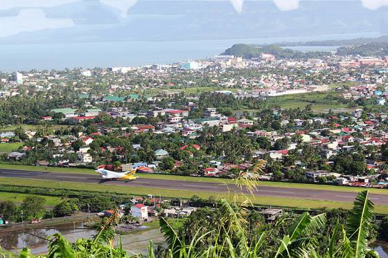 City in rural province on coast.